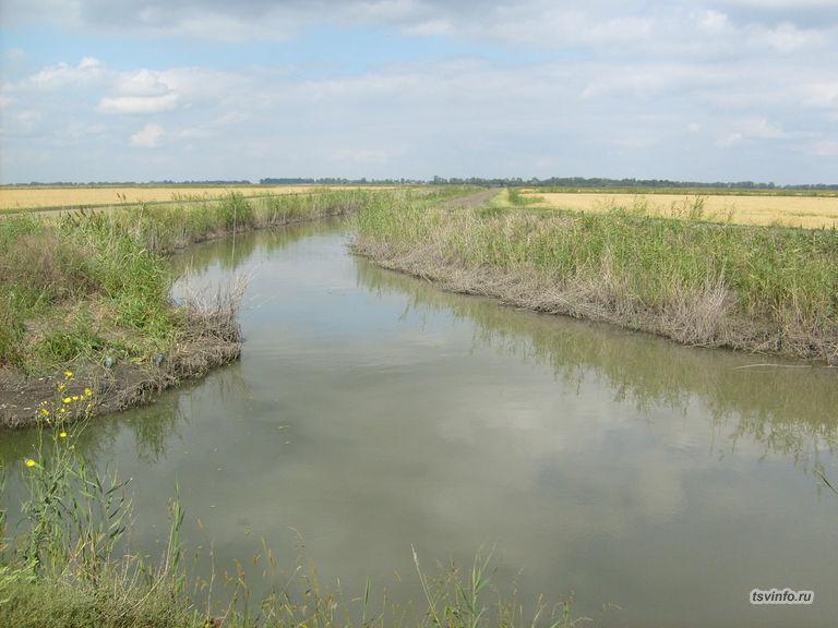 Канал в Первомайском